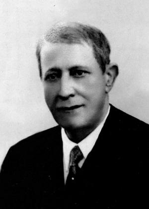 Humberto de Bettencourt de Medeiros e Câmara (Ponta Delgada, 1875 - 1963): 1.º Presidente da Direção, 1944 - 1952