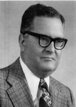 José de Almeida Pavão Júnior (Ponta Delgada, 1919 - 2003): 5.º Presidente da Direção do ICPD, 1986 - 1991