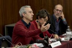 Intervenção de Valdemar Cruz, apresentador do livro. (Fotog. © Manuel Aguiar)