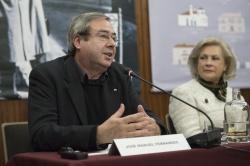 Intervenção de José Manuel Fernandes, colaborador na obra (Fotog. © Manuel Aguiar)