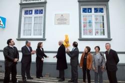 Centenário da Morte de Francisco Maria Supico, descerramento da placa comemorativa por Berta Cabral e Henrique de Aguiar Oliveira Rodrigues (02)
